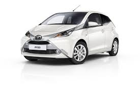 Car Rental in Madeira -  Uchen Sie eine Toyota Aygo automatic mit Funchal Car Hire